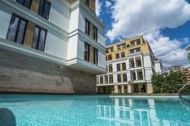 Плувен басейн в жилищен комплекс Evergreen вече е официално отворен!